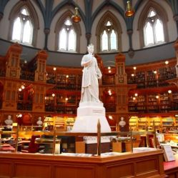 Biblioteca del Parlamento, Ottawa, Canadá.