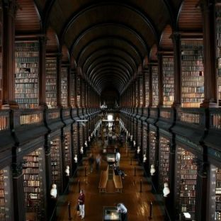 Librería Trinity College, Dublin.