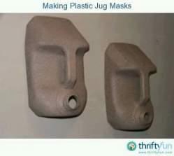 Cajas de plástico convertidas en Máscaras 1